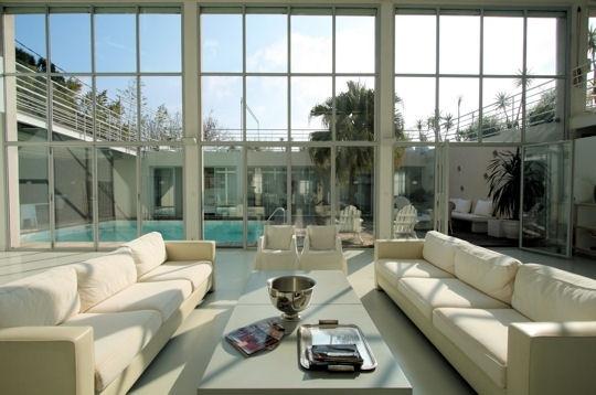Quelle baie vitrée !   Maison, Baies vitrées, Patios