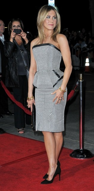 jennifer aniston - love this dress!!!
