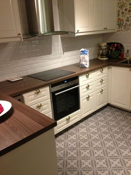 17 best images about bodbyn kitchen on pinterest samsung - Carrelage metro blanc castorama ...