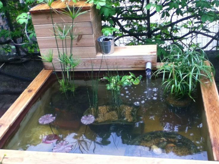 Les 25 meilleures id es de la cat gorie bassin a poisson for Bassin a poisson en bois