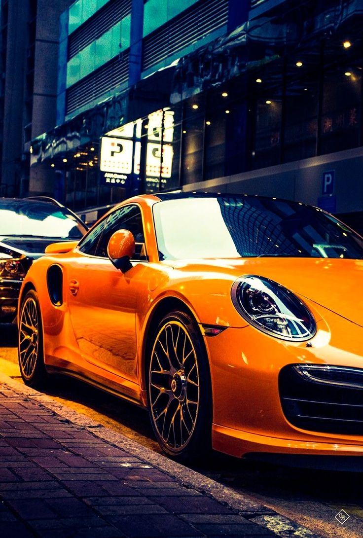 Porsche Gentleman's Essentials