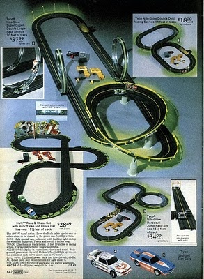 Tyco Super Duper Double Looper Glow in the Dark Race Set