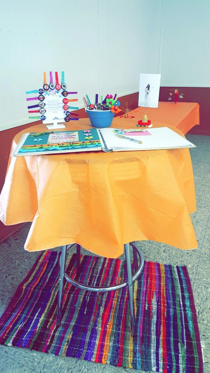 Entry table #mexicanbabyshower #mexicanwedding #mexicantheme #fiesta #fiestaparty #fiestatheme #entrytable #signintable #fiestababyshower