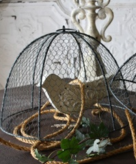 FABULOUS sight for weddings, parties, and just your own decor. GREAT prices!
