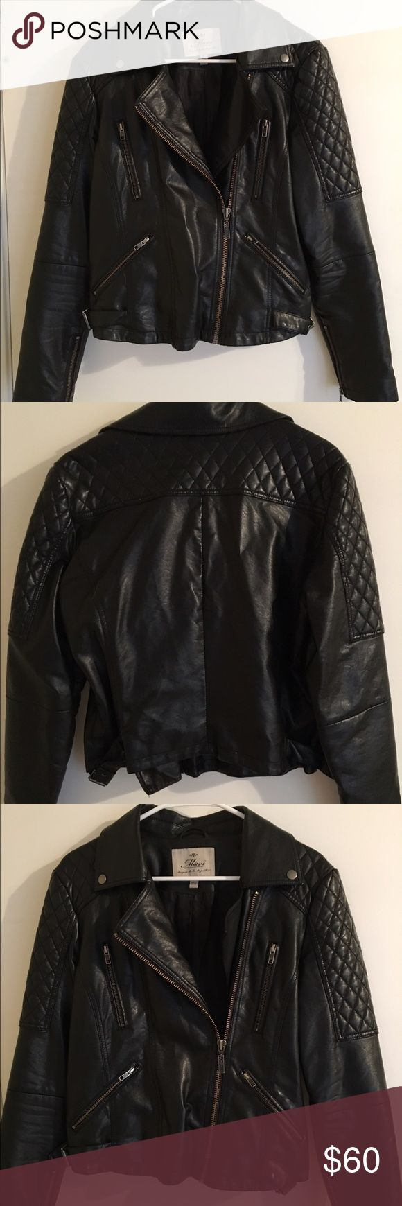 Mavi faux leather jacket Black faux leather jacket from Mavi. It's super comfortable and can be dressed up or down. It has a quilted shoulder pattern and adjustable buckles on the sides. Offers welcome! Mavi Jackets & Coats