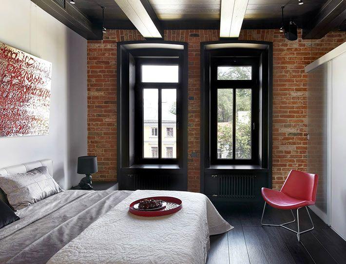 Окна с черными рамами в интерьере