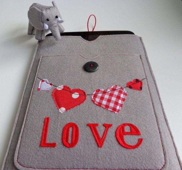 Love Tablet Kılıfı Zet.com'da 35 TL