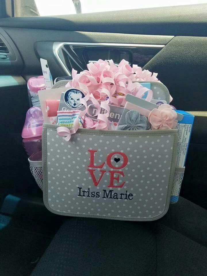 The best baby shower gift ever! The Double Duty Caddy by Thirty-One! www.thebagdealer.com