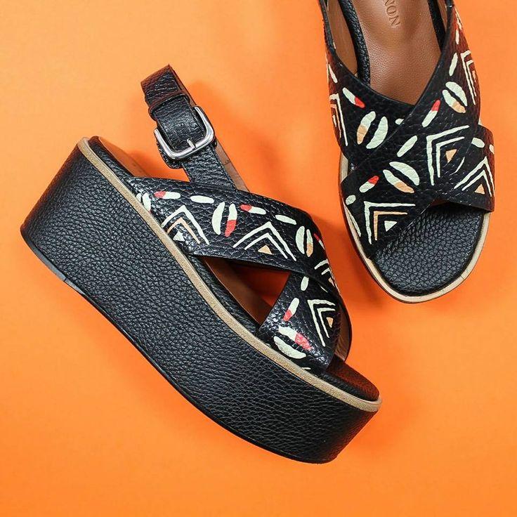 Vivi l'estate nel modo giusto.. con i nuovi sandali E. #Zanon ora in #Saldi su ➡️ RicciShop.it 😍 ・・・ #elviozanon #sale #saleoff #summermood #glamour #shoes #scarpe #sandali #sandals #loveshoes #newcollection #womanshoes #love #fashionshoes #summer2017 #fashion #moda #style #loveshopping #shoponline #riccishop #italy