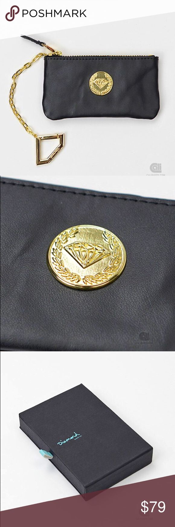 Diamond Supply Co. Black Crest Seal Coin Purse NWT Never used, 100% authentic and comes with dust bag and original packaging from diamond supply Co. black crest seal coin pouch with gold chain diamond keychain.  sold out most places. ! Most places only have the orange ones Diamond Supply Co. Bags Wallets #DiamondSupply