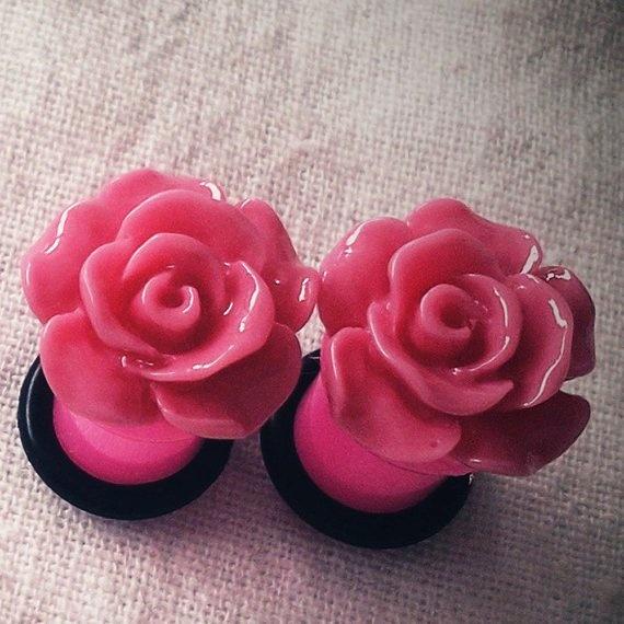 Gauge Piercing | ... Hot Pink Flower Acrylic gauge piercing streched lobes... - Piercing