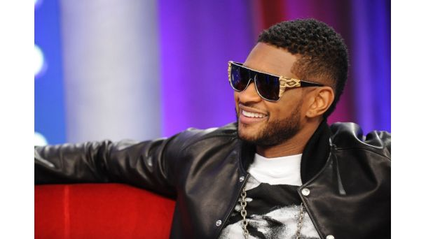 The Voice coach Usher wearing the Vintage Frames Company's Trouser Snake Sunglasses