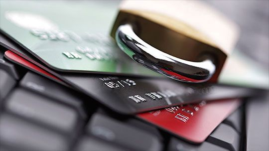 10 Best Identity Theft Protection Apps #apps #software http://s.rswebsols.com/1SzhgWw
