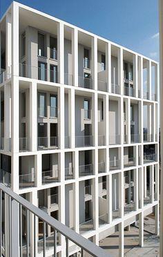 ZAC Berthelot Lyon (69) Programme : 72 logements et 5 commerces Surface : 5 596 m² SHON Montant des travaux : 5 337 700 €HT (hors commerces) Maître d'ouvrage : Nexity Apollonia