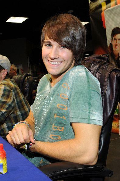 James Maslow Photos - Nickelodeon's Big Time Rush Best Buy Store Appearance - Zimbio