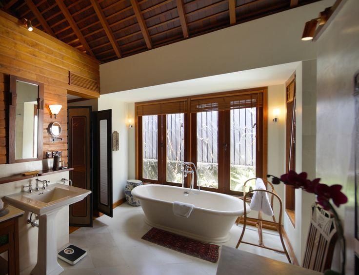 bath tub_oost indies villa