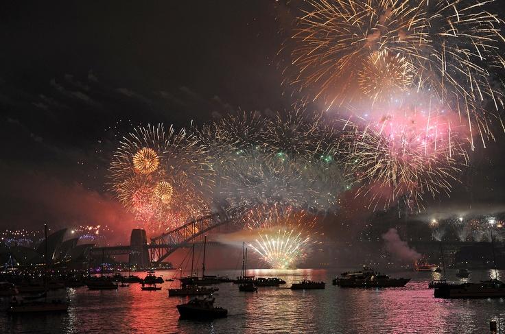 Fireworks on Darling Harbour, Sydney was INSANE...