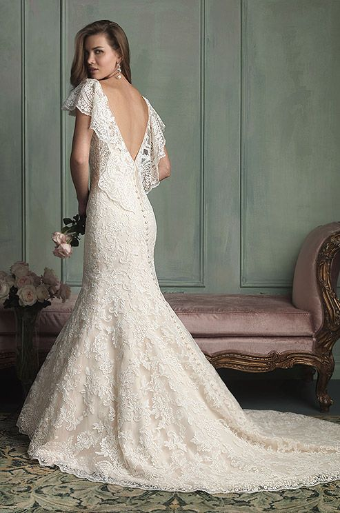 Lace mermaid wedding dress. Allure, 2014
