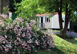 Mobil-home Eco 30m² (2 chambres) avec terrasse extérieure 4/6 Pers.