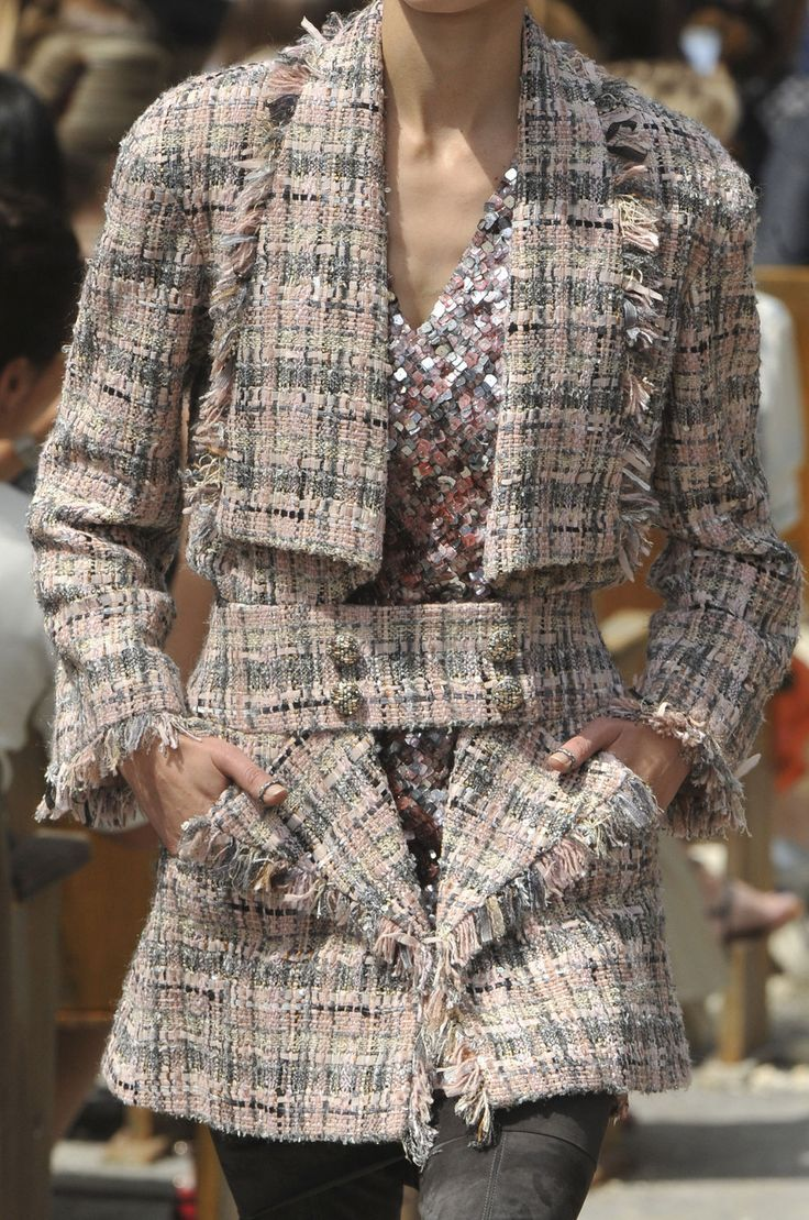 """sofiazchoice: """" Chanel at Couture Fall 2013 (Details) """""""