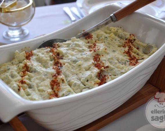 cevizli tavuklu kereviz salatası