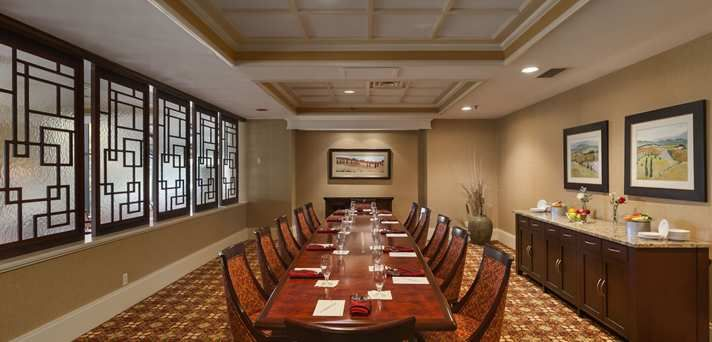 pennsylvania meeting facilities Historic full service williamsport pa genetti hotel & convention center with restaurant & lounge rooms and suites offer cable tv, free breakfast, fitness center & more.