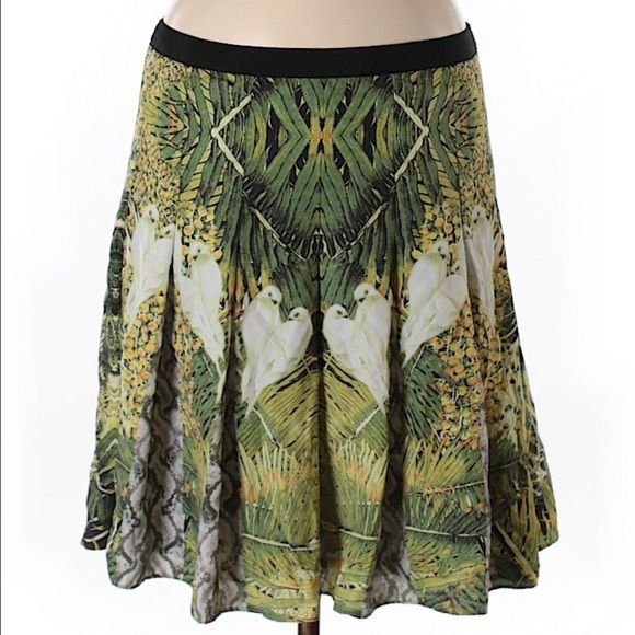final sale today only  Ted Baker London mirror floral print skirt. 100% polyester. Length is 19 in. Ted baker size 3 fits approximately a U.S. Size 8. Ships within 1 week. Final sale no other discounts or offers apply. Ted Baker Skirts