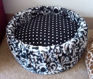 Cat or small dog bed made out of a hat box. No sewing and easy.