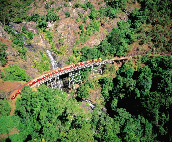 We recommend tourists to take a ride on the kuranda scenic railway.