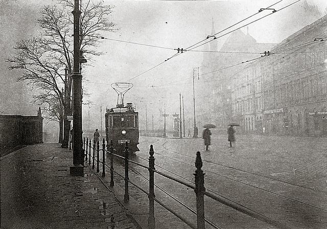 budapest, 1920s-30s by imre kinszki