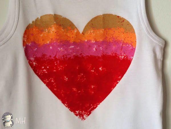 Camiseta con Corazón de Plastidecor , ¡pinta tus camisetas con ceras para niños!