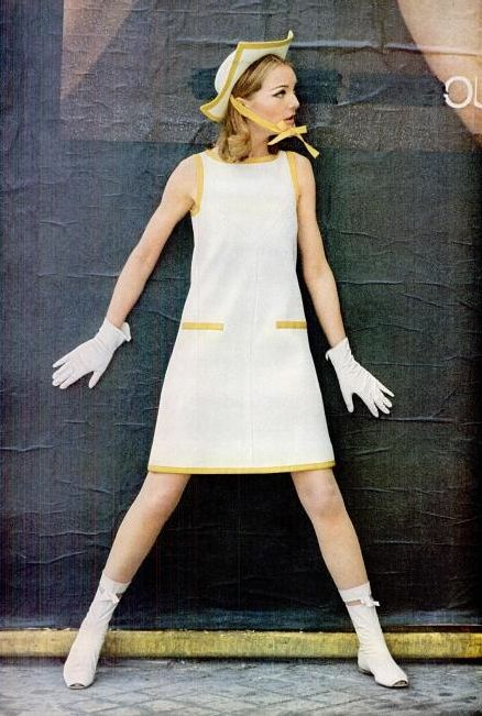 Courreges, 1965 Glamourous 1960's ♠♥♠♥