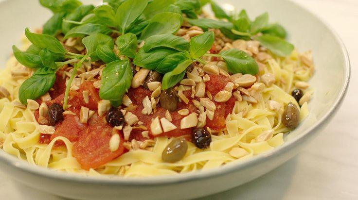 Jeroens tagliatelle al pomodoro | Dagelijkse kost