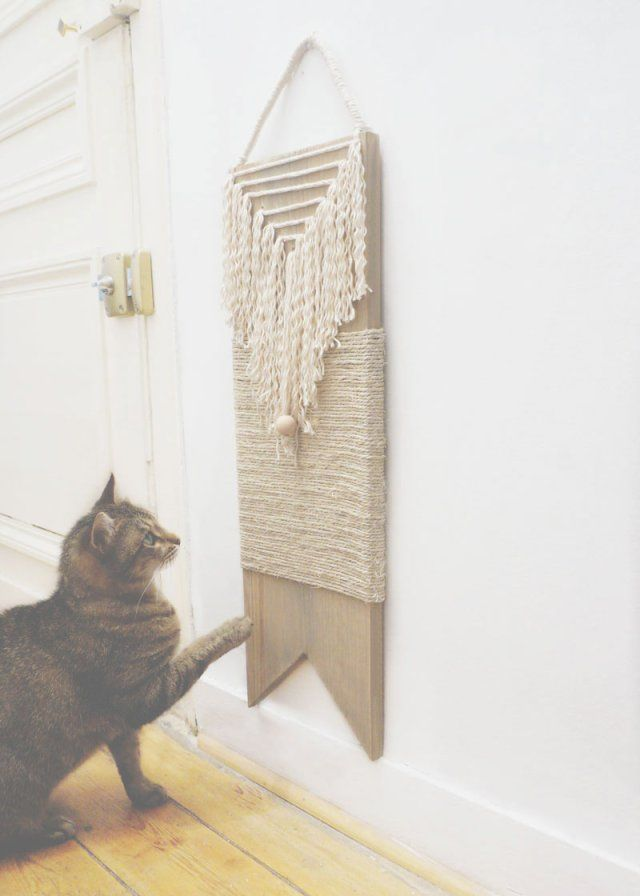 Griffoir pour chat déprimé DIY