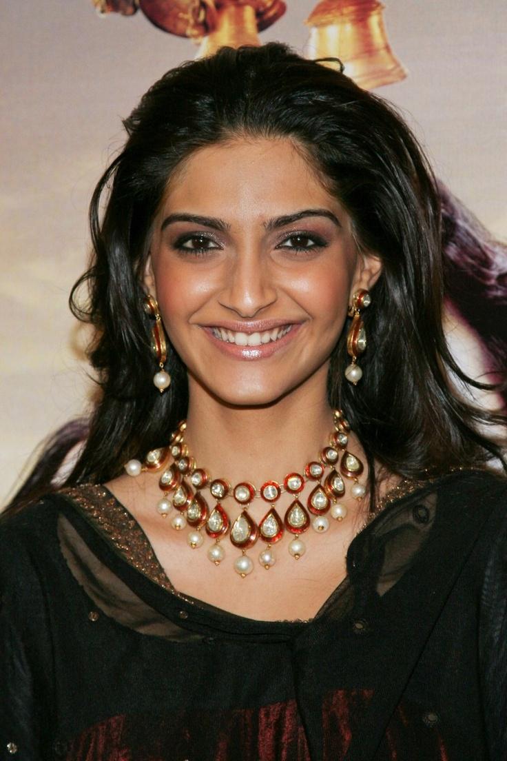 Sonam Kapoor Bollywood Model Actress