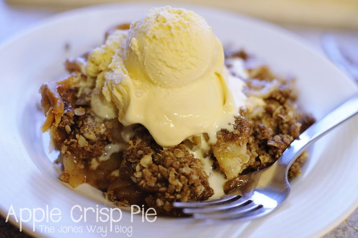 The Jones Way...: Apple Crisp Pie. Super easy and only takes a