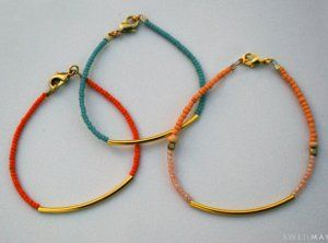 Free tutorial: Easy Seed Bead Tube Bracelets