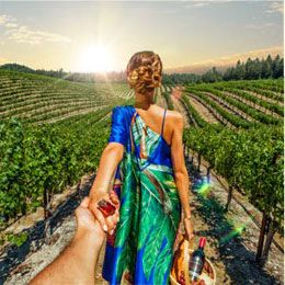 Beringer wines- great dress and photo