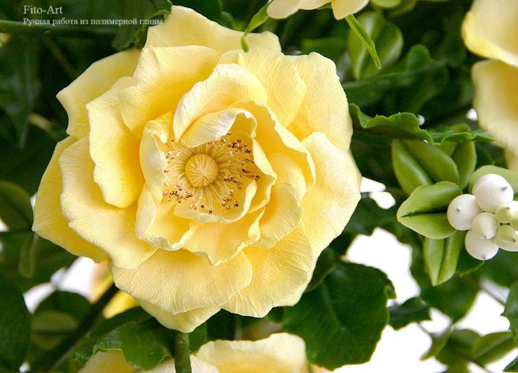 Композиции : Букет из желтых роз и снежной ягоды - В РЕЗЕРВЕ - Fito Art