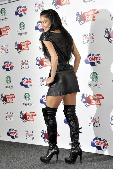 Nicole Scherzinger Photos Photos - Nicole Scherzinger joins a star-studded line up at the 95.8 Capital FM Summer Ball at Wembley Stadium in London. - Jennifer Lopez at the 95.8 Capital FM Summer Ball at Wembley Stadium