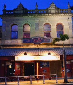 Lefty's Old Time Music Hall Bar Petrie Tce | Must Do Brisbane