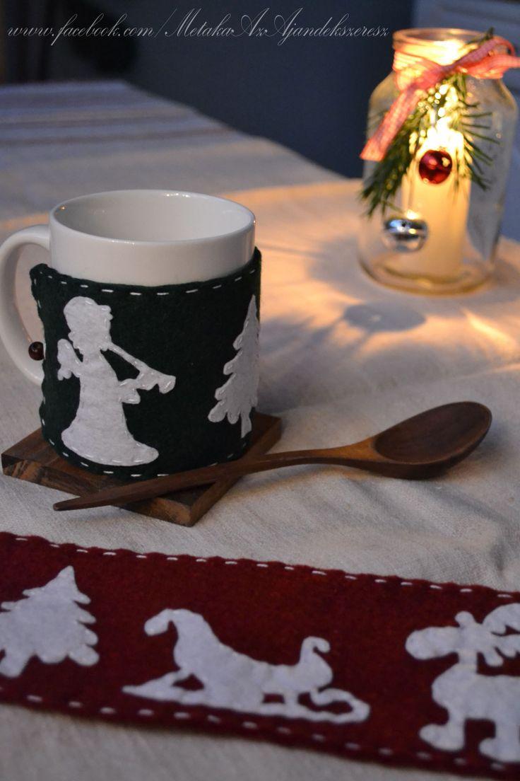 Cozy mugs with these handmade felt covers - for a calm christmas evening. Tea? Coffee? Hot chocolate?  :-)