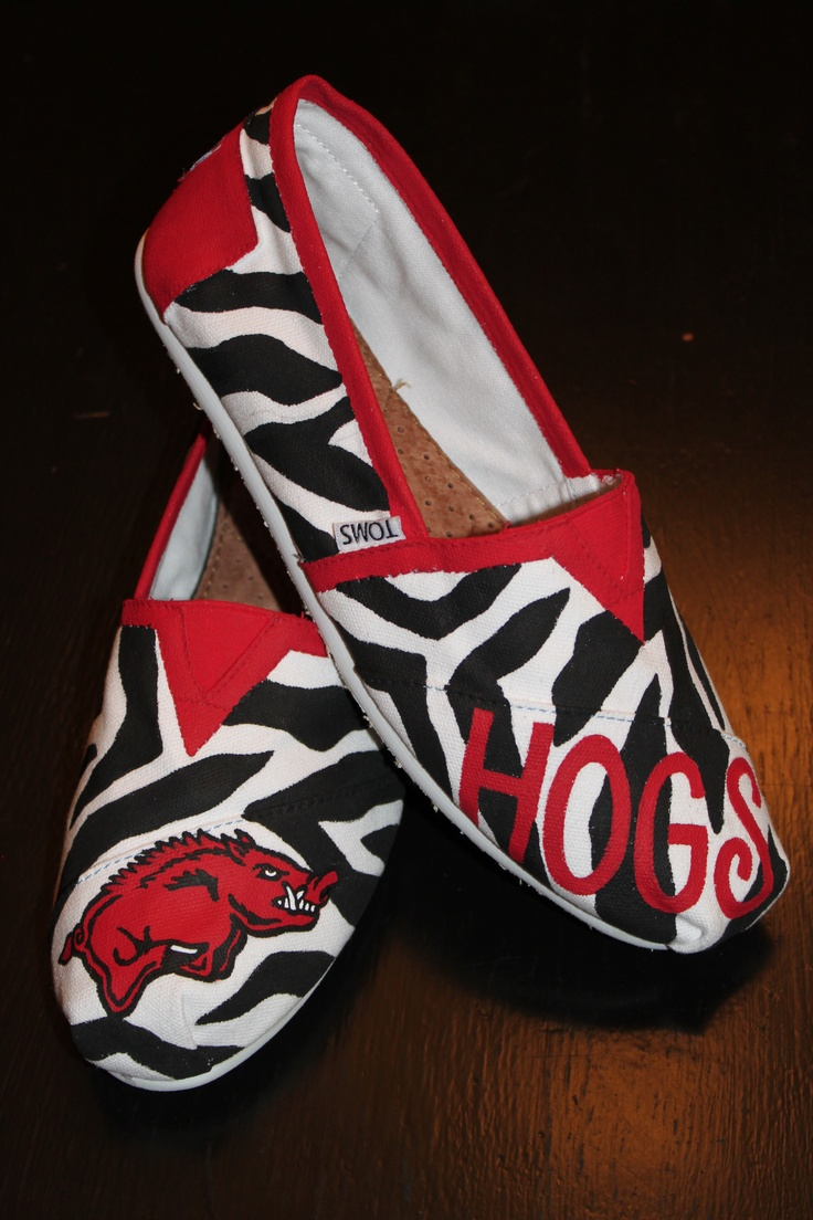 Hand painted Razorback Toms by Lane McKinley