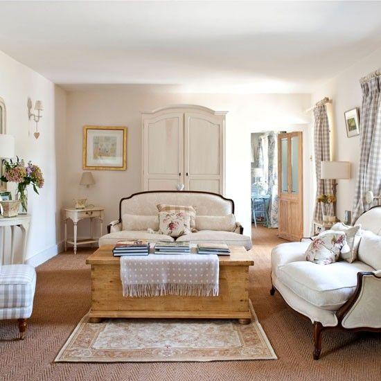 elegante franz sisch stil wohnzimmer wohnideen living ideas interiors decoration wohnideen. Black Bedroom Furniture Sets. Home Design Ideas