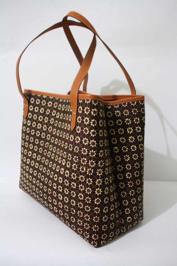 Utari Tote Bag with Truntum Batik pattern     #djokdjabatik