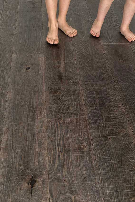 TREBBO PARQUET BY GAZZOTTI / Trebbo is the new collection of parquet flooring by Gazzotti. Its ecological finish on the surface has an oil effect which makes the most of the wood tones. | #cersaie2015 @gazzottispa