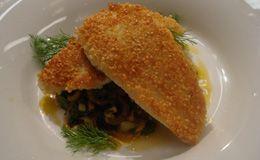 Linguado crocante com quinoa e salada de funcho - Receitas - Receitas GNT
