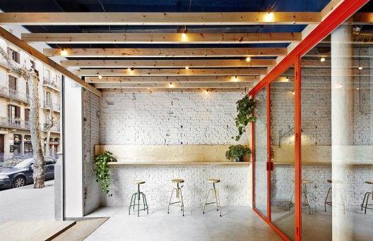 Bar Oval > Flexoarquitectura