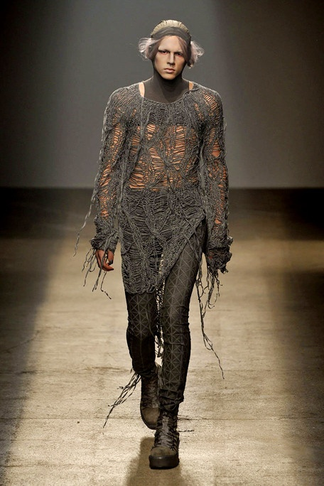 Gareth Pugh. Follow new board : ARTISTIC FASHION  MENSWEAR.. Give comments if you want to join the group.