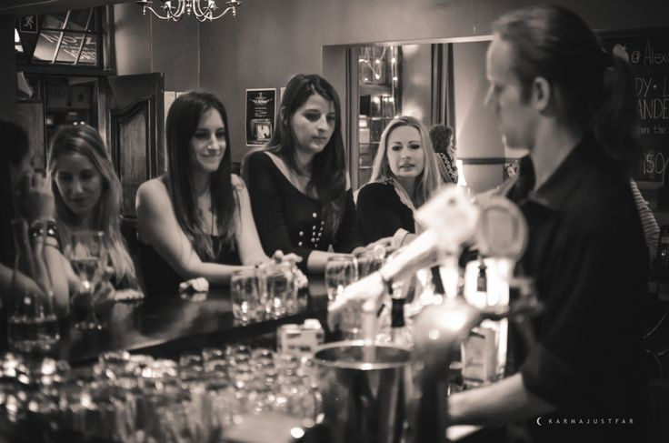 Mastering cocktails at Social Club! #girlsnight #whattodoincapetown #capetown #southafrica #socialclub #cocktailclass